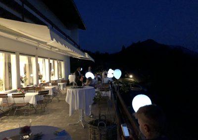 Basislager Schliersee Hochzeit Party Terrasse