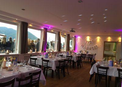Basislager Schliersee Hochzeit Licht lila